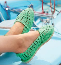 Here Is How To Make Your Own Fashionable Crocheted Flip Flops – Fashion Muse Online