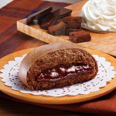人気の「生チョコまん」が今年も発売です♪濃厚でビターなチョコレートの中華まんは、寒い日のおやつにぴったりです(^^)  http://lawson.eng.mg/becbc