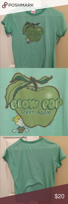 Vintage green apple Blow Pop ring tee Oh, yeah, you need this in your wardrobe!  A 1970's vintage green apple blow pop ring tee.  In Excellent Condition, it's one of those tees with the half size t-Rex arms, and looks immensely sexy with a pair of destroyed jeans.  Marked size XL, it fits more like an XS or S. Tops Tees - Short Sleeve