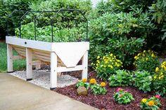 Raised Herb Garden, Herb Garden Planter, Herb Garden Pallet, Herb Garden In Kitchen, Diy Herb Garden, Herb Planters, Herbs Garden, Container Garden, Vegetable Garden
