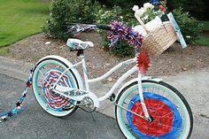 Fourth of July Bike Parade (she: Darleen)