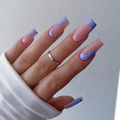 Acrylic Nails Coffin Short, Simple Acrylic Nails, Best Acrylic Nails, Edgy Nails, Stylish Nails, Swag Nails, Lilac Nails Design, Purple Nails, Maquillage On Fleek