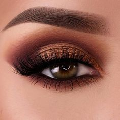 Best Fall Makeup Looks and Trends for 2017 ★ See more: http://glaminati.com/fall-makeup-looks/ #MakeupWakeup
