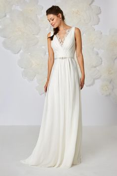 Refined georgette dress with cross-over drape on the front yoke of embroidered tulle and sheath-style skirt. The slender satin belt accentuates the waistline Wedding Suits, Wedding Gowns, Bridal Dresses, Prom Dresses, Amazing Wedding Dress, Elegant Bride, Tulle Dress, Wedding Styles, Marie