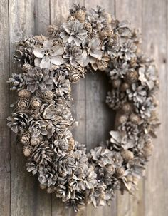 Christmas Diy, Christmas Wreaths, Natural Materials, Burlap Wreath, Holiday Decor, Home Decor, Bliss, Ideas, Christmas Swags