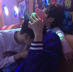 """-Lee Jeno ""Non… # Fiksi Penggemar # amreading # books # wattpad Couple Ulzzang, Korean Boys Ulzzang, Cute Korean Boys, Ulzzang Boy, Tumblr Gay, Daddy Aesthetic, Couple Aesthetic, Parejas Goals Tumblr, Happy End"