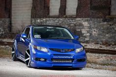 Clean customized version of the 2012 Honda Civic Si for the 2011 SEMA show created by fox marketing which always does a great job comp. Honda Civic Wheels, Black Honda Civic, Honda Civic 2017, Honda Civic Coupe, Honda Civic Hatchback, Honda Civic Type R, Sport Truck, Honda Cars, Cool Sports Cars