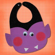 Dracula Toddler and Baby Bib Pattern Baby Bibs Patterns, Sewing Patterns, Crochet Baby Sandals, Toddler Bibs, Bib Pattern, Baby Sewing Projects, Felt Toys, Baby Love, Baby Items