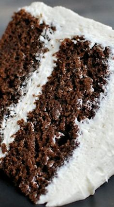 Chocolate Buttermilk Cake with White Chocolate Frosting---could do cupcakes with this and just add berries on top or white chocolate ferrero rocher or regular ones in side Cake Bars, Pie Cake, No Bake Cake, Cupcake Recipes, Baking Recipes, Cupcake Cakes, Dessert Recipes, White Chocolate Frosting, Chocolate Desserts