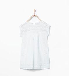 Image 1 de Robe à motifs en guipure de Zara