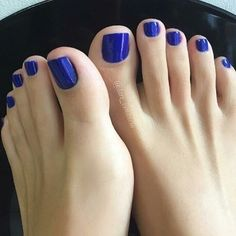 'Something Blue' toes Blue Toe Nails, Pretty Toe Nails, Feet Nails, Pretty Toes, White Toenails, Blue Pedicure, Pedicure Colors, Manicure E Pedicure, Feet Soles