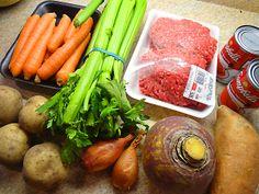 Étagé de boeuf et légumes aux tomates