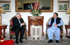 Muslim League-N President, Nawaz Sharif exchanges views with Australia High Commissioner, Tim Gorge during one on one meeting in Raiwind on Monday, April 16, 2012.