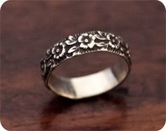 Sterling Silver Rose Ring. Pretty!