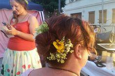Frisuren-Quickie für kurzes Haar.