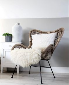 Accent Chairs, New Homes, Studio, My Love, House, Inspiration, Furniture, Home Decor, Winter