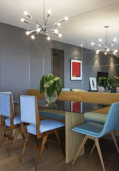 I'd love to host a dinner party in this dining room! What a fun space and brilliant light! Banquette Dining, Dining Room, Sweet Home, Kitchen Benches, Interior Decorating, Interior Design, Interior Architecture, Mid-century Modern, Furniture