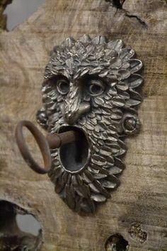 Other Door Accessories Door Knobs And Knockers, Knobs And Handles, Door Handles, Cool Doors, Unique Doors, Antique Keys, Vintage Keys, Kurt Tattoo, Old Keys