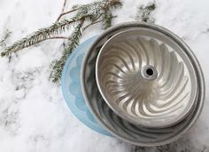 Rebeccas DIY: DIY: Baka en snölykta Lanterns, Snow, Plates, Tableware, Mat, Christmas, House Ideas, Garden, Tips