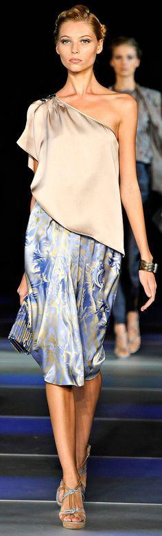 LUXURY BRANDS | Armani High end fashion brand. Giorgio Armani Prive | Haute Couture | Spring/Summer, Autumn/Winter | www.bocadolobo.com #bocadolobo #luxuryfurniture #exclusivedesign #interiodesign #designideas #expensivegoods #goodlife #luxuryworld