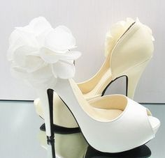 These would be the cutest wedding shoes!