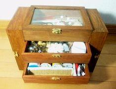 据え置き裁縫箱1