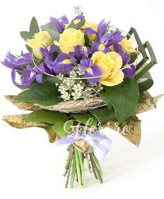 Culori în antiteză Iris, Floral Wreath, Wreaths, Home Decor, Plant, Irise, Decoration Home, Room Decor, Irises