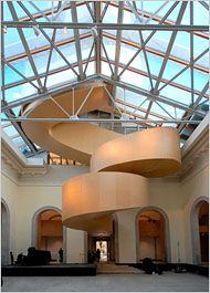 A spiraling wood staircase rises from the second floor of the museum, which opened on friday. Toronto Architecture, Architecture Details, Futuristic Architecture, Curved Staircase, Staircase Design, Spiral Staircases, Art Gallery Of Ontario, Take The Stairs, Frank Gehry