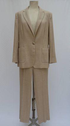 AGNONA silk cashmere suit jackets pants dress set beige size 48 woman vintage tailleur wedding party di REUSEDvtgClothing su Etsy https://www.etsy.com/it/listing/233831142/agnona-silk-cashmere-suit-jackets-pants