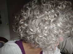 Yep. This is what I'm going for. Once I'm all grown out, maybe I'll get a soft perm.
