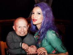 Sukki Singapora gets a thumbs up from Verne Troyer on twitter following her shows in Glasgow. Photography by Stuart Crawford. Sukki is wearing a dress by Vanity Project Dresses.