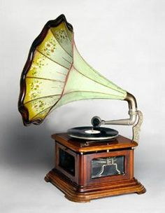 A Hot-Air Engined Gramophone.