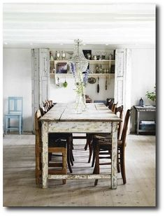 Farmhouse Table Featured in Sköna Hem