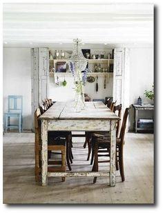 Farmhouse Table Featured in Sköna Hem