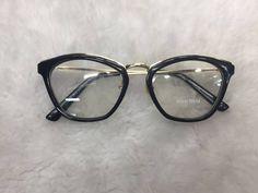 óculos de grau miu miu - óculos miu miu Cortes De Cabelo Penteados, Óculos  Femininos a182bb9bb6