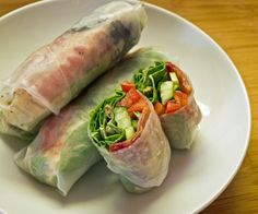 Bacon, Lettuce, Cucumber and Tomato Salad Rolls   http://stalkerville.net/ #glutenfree