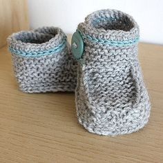 Knitting Pattern (PDF file) Buttoned Baby Boots Ankle Wrap Around (sizes months) Knit Baby Booties, Crochet Baby Shoes, Baby Boots, Knitted Baby, Arm Knitting, Knitting For Kids, Knitting Patterns, Crochet Buttons, Knit Crochet
