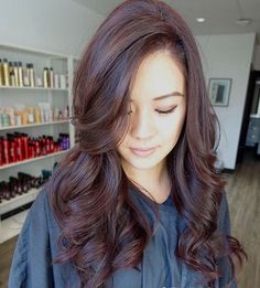 acajou couleur de cheveux
