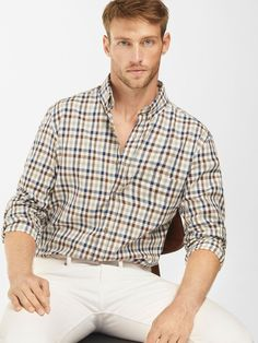 Men´s Casual shirts at Massimo Dutti online. Enter now and view our spring summer 2017 Casual shirts collection. Outfits Casual, Casual Shirts, Stylish Men, Men Casual, Moda Formal, Retro Mode, Ginger Men, Beautiful Men Faces, Herren Outfit