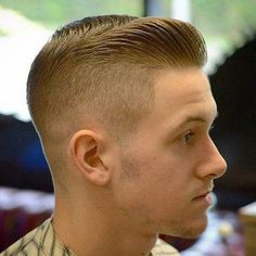 Every year, hairdressers around the world try to outdo each other by bringing back new cool men hairstyles. These popular haircuts for men range from short to medium to long, classic to modern, textur Best Short Haircuts, Popular Haircuts, Cool Haircuts, Haircuts For Men, Men's Haircuts, Haircut Men, Military Haircuts Men, Short Hair Cuts, Short Hair Styles