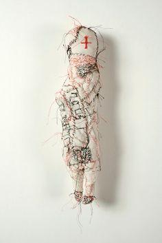 Poupée par l'artiste français  MICHEL NEDJAR