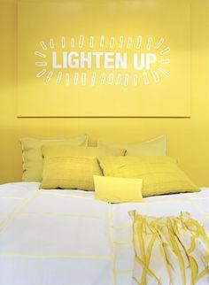 jaune yellow