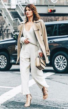 New York Fashion Week Fall Winter 17 Street Style Michael Kors Hanelli Mustaparta Office Looks, Office Outfits, Mode Outfits, Fall Outfits, New York Fashion, Paris Fashion, Latest Fashion, Backstage Mode, Paar Style