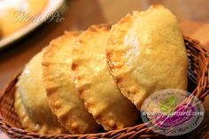 "Baked Beef Empanada Recipe.  Beef Empanadas are also known as ""Meat Pie"", ""Beef Turnovers"" or ""Beef Puff"", it is an all-time Filipino favourite savoury snack. This is a traditional lean ground beef filling: garlic, onions, potatoes, carrots, peas and raisins. A good Empanada shoulld be tasty, flaky and well puff dough."