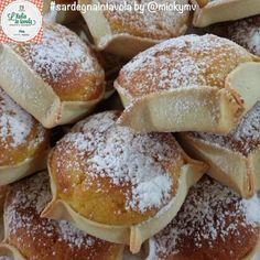 Ed ecco che arriva anche la ricetta delle Pardulas, tipico dolce del sud Sardegna.