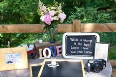 Different kind of guest book... Photography By / http://jessdewes.com