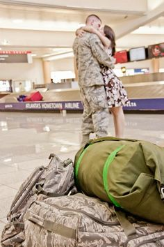Saying Goodbye... my story of the day my husband deployed and what I learned. #Deployment