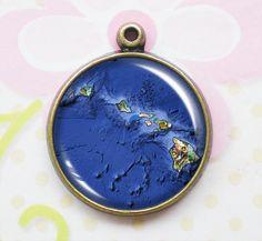 Hawaii Island Map Pendants Charms   Map by FantasyJewelrySupply, $7.00