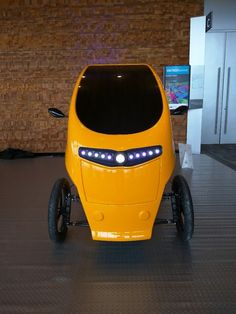 The Veemo is what's known as a velomobile – a tricycle enclosed in an aerodynamic body that provides protection from the elements