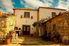 É uma casa portuguesa, com certeza...